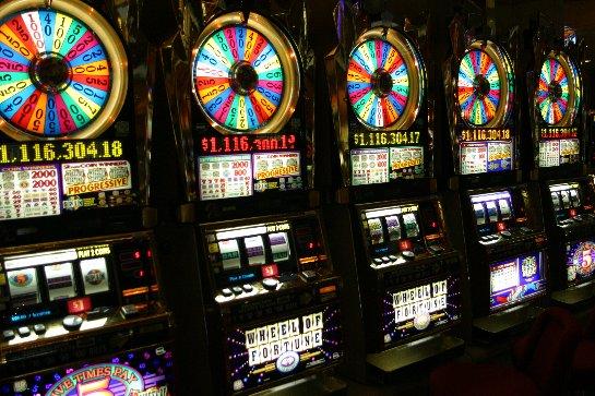 Азартные развлечения в казино Вулкан 24